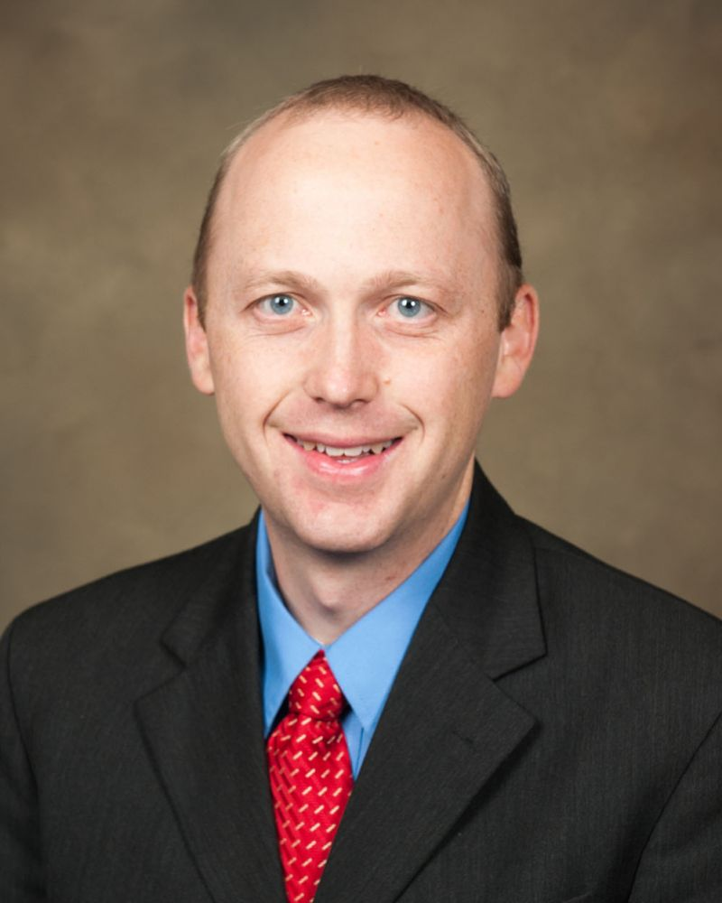 Picture of Dr. Ryan Summers